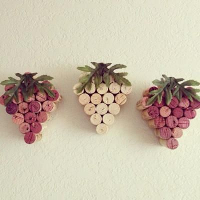 Wine cork grape bunches | Craft