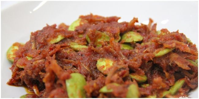 Sambal petai ikan teri. Hot and delicious #Pindonesia