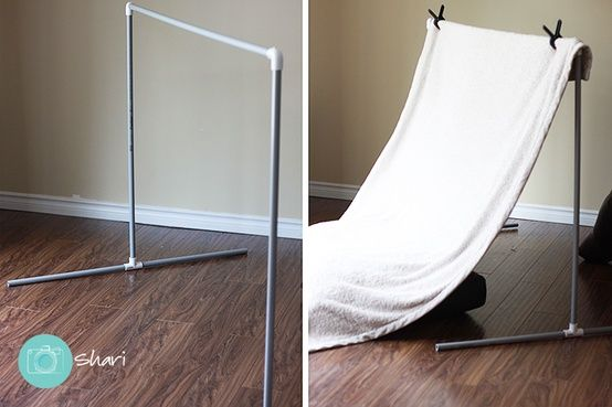 diy photography backdrop stand...here you go Karissa. This would be easy.