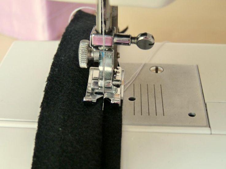 Seguimos aprendiendo más tareas de costura. Así, hoy vamos a aprender a realizar un dobladillo invisible.