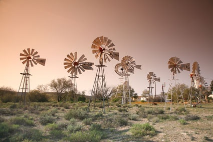 Windmills in the Karoo BelAfrique - Your Personal Travel Planner www.belafrique.co.za