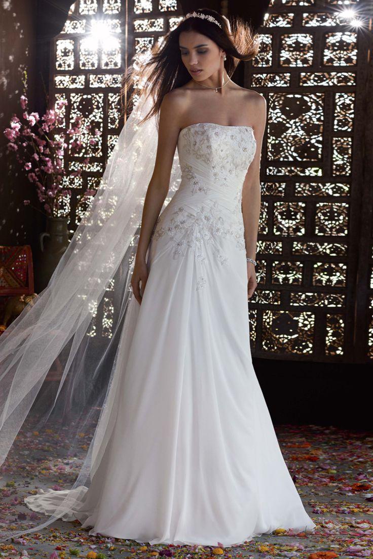 113 best wedding dresses images on Pinterest | Groom attire, Gown ...