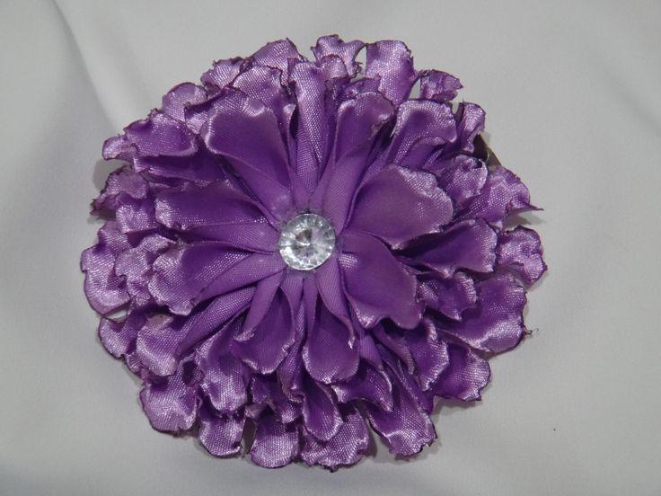 En lila...