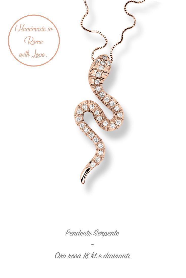 #lunatica #lunaticacool #lunaticagioielli #pinkgold #ororosa #18kt #serpente #snake #diamonds #pendente #pendant #maadeinitaly #handmade #handmade #100% #roma #rome #cool #fashion #mood #trendy #love