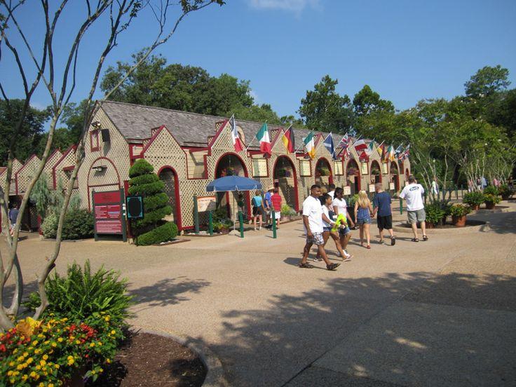 Busch Gardens Williamsburg Entrance
