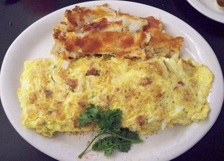 Crabcake omelette.. it's a Maryland thing...Crabcakes Omelettes, Maryland Things