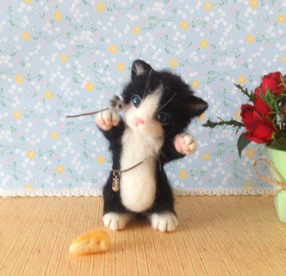 Needle felt  Needle felted cat  Needle felting cat  by FeltTale, $48.00