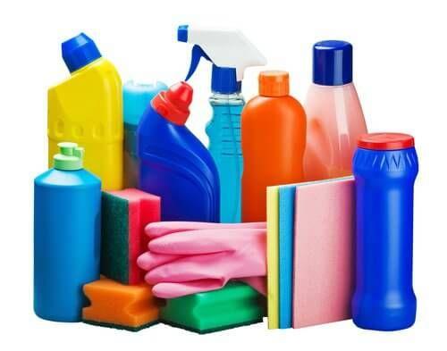 Dans cet article, nous allons vous expliquer comme nettoyer votre intérieur, avec des ingrédients naturels comme le citron,le bicarbonate de soudeet le vinaigre.