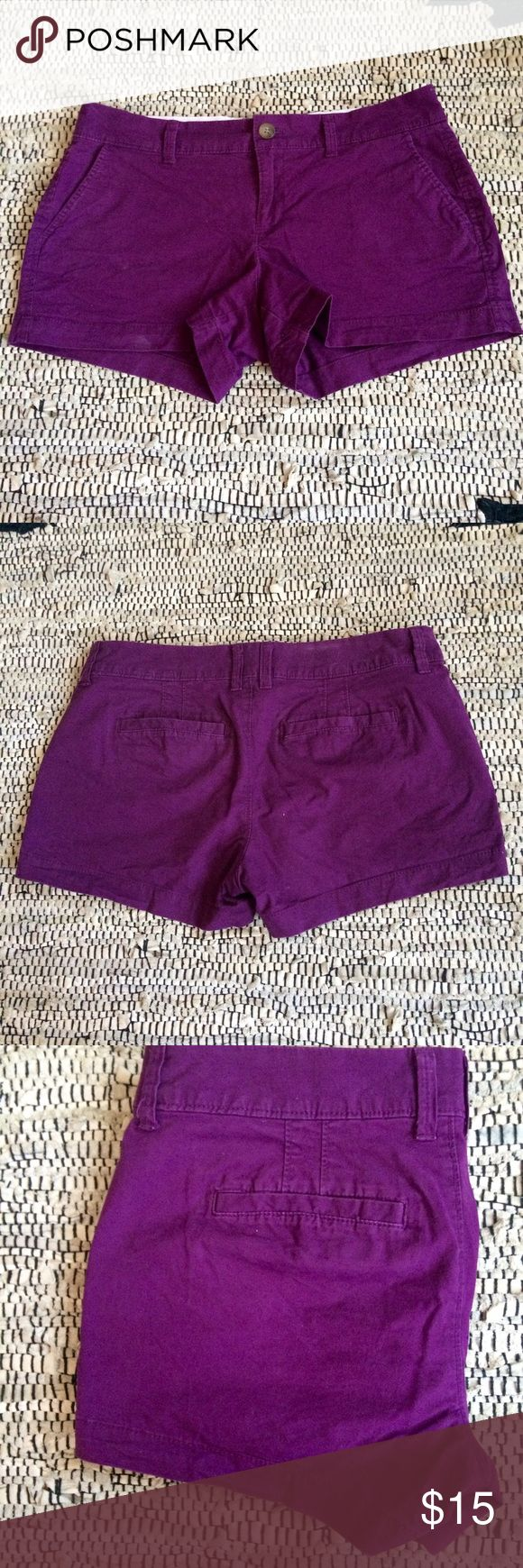 Old Navy purple chino shorts Plum/Eggplant/Dark purple shorts from old navy. Size 2 Old Navy Shorts