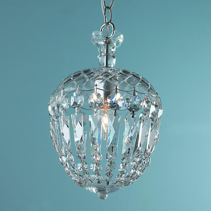 Black Crystal Vanity Lights : 81 Best images about Chandeliers on Pinterest Gothic chandelier, Black crystals and ...