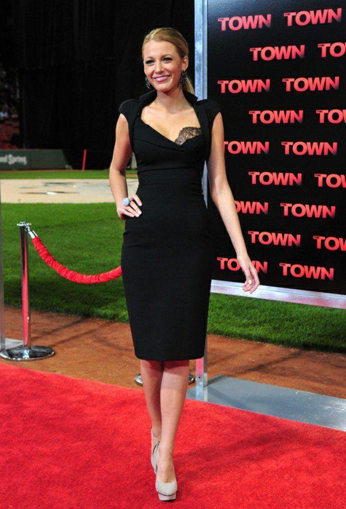 Look avec robe bustier noire