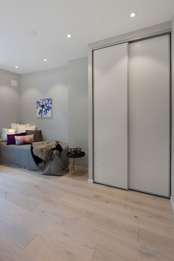 FINN – MAJORSTUEN: Rålekker og stilren 4-roms leilighet oppusset i 2016. Høy standard. Balkong. Peis. Perfekt beliggenhet