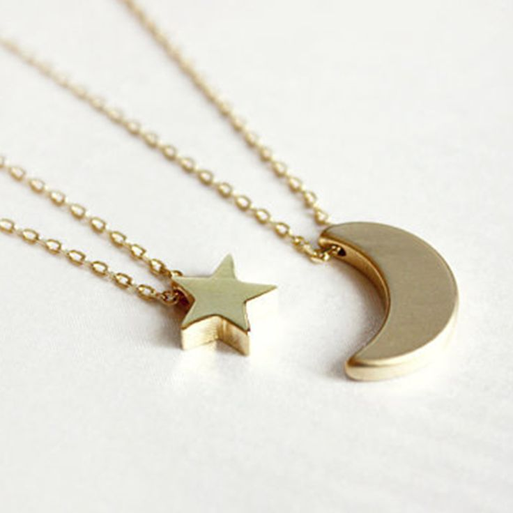 Layered of 2 Set  Moon Star Pendent Women Statement Simple Moon Necklace XL139