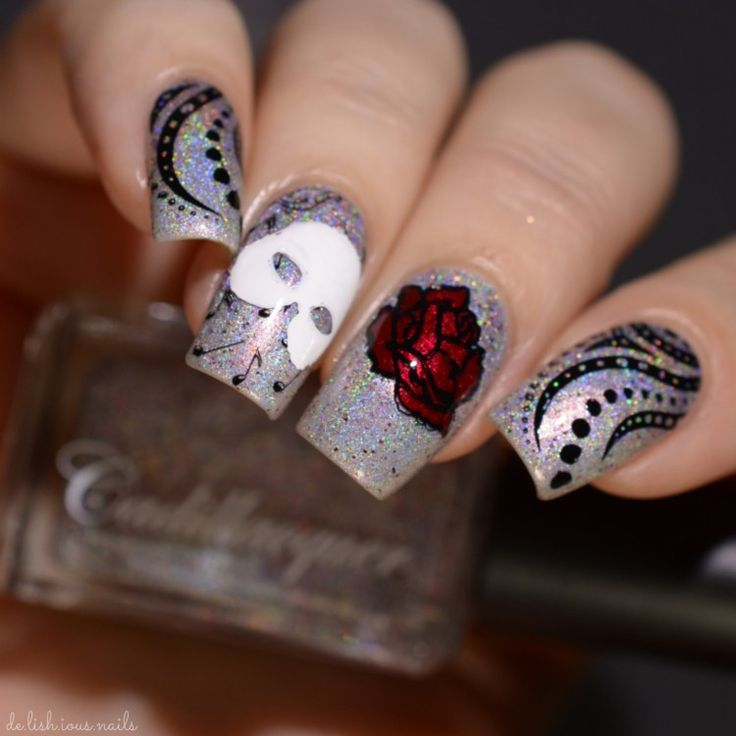 "The Holo Hook-Up Box May 2017 Off To Broadway – Cadillacquer ""Sing Once Again With Me"" Phantom of the Opera nail art"