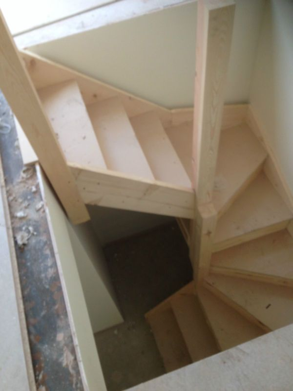 The 25 best narrow staircase ideas on pinterest dark for Building winder stairs
