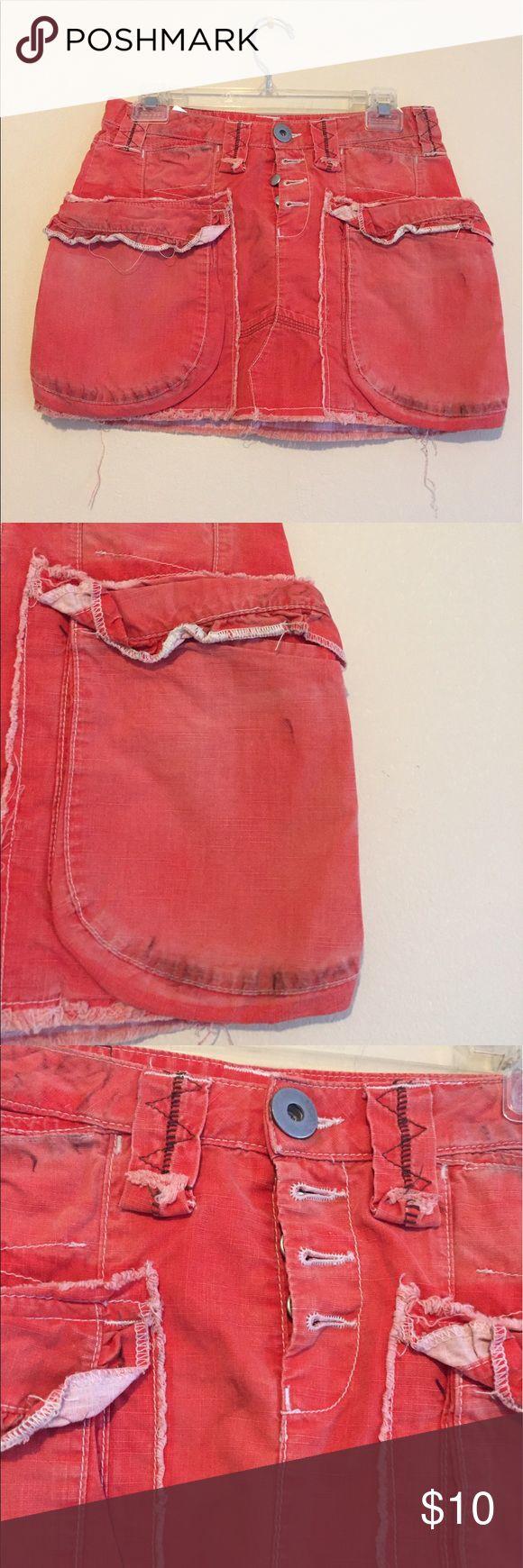 H&M orange Jean mini skirt H&M orange Jean mini skirt with big pockets and front buttons H&M Skirts Mini