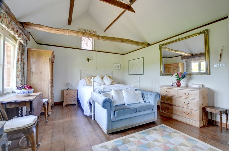 Small but perfectly formed 'The Lodge' in Warehorne, Kent. http://www.cottageholidays.co.uk/tabs_property/AS231_FR?nights=7