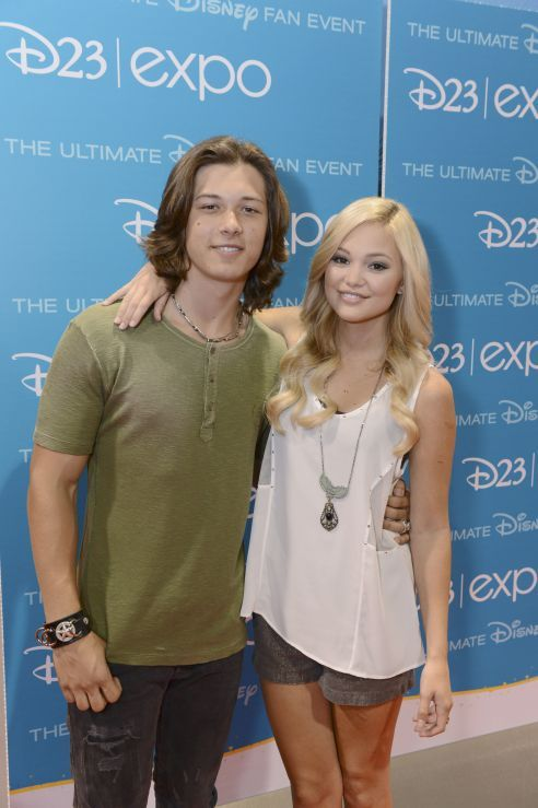 """Olivia Holt Revealed A Prank That Her """"Kickin' It"""" Co-Stars Played On Her"""