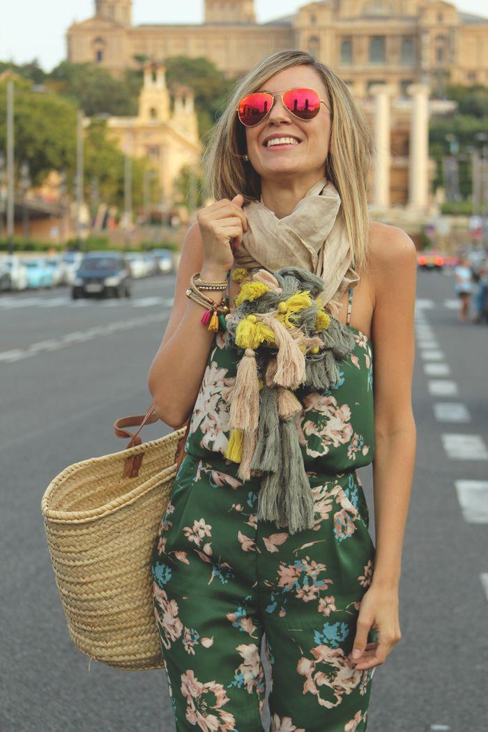 cesta de paja, estampado de flores, Jumpsuit, look de verano 13, mies van der rohe, mono, MY SHOWROOM, pabellón de Barcelona, Priscila Betancort, teenvogue, Zara,