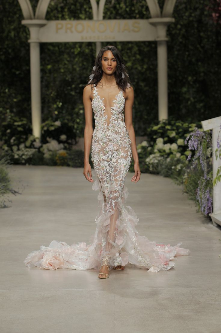 1000+ best Wedding Dresses images on Pinterest | Short wedding gowns ...