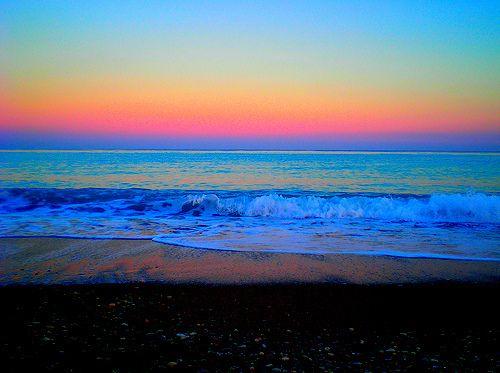 Describe a beautiful beach