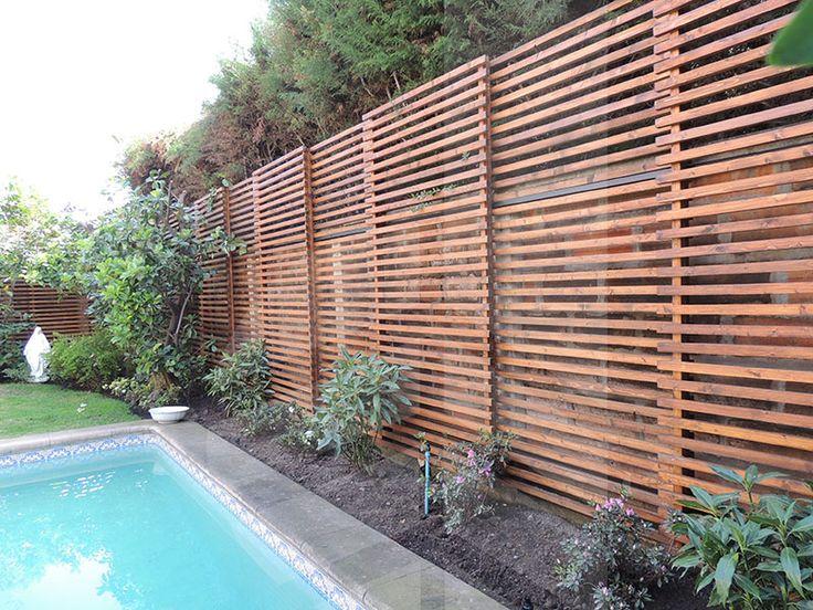 Deck madera muro buscar con google proyecto terraza for Muro de separacion terraza