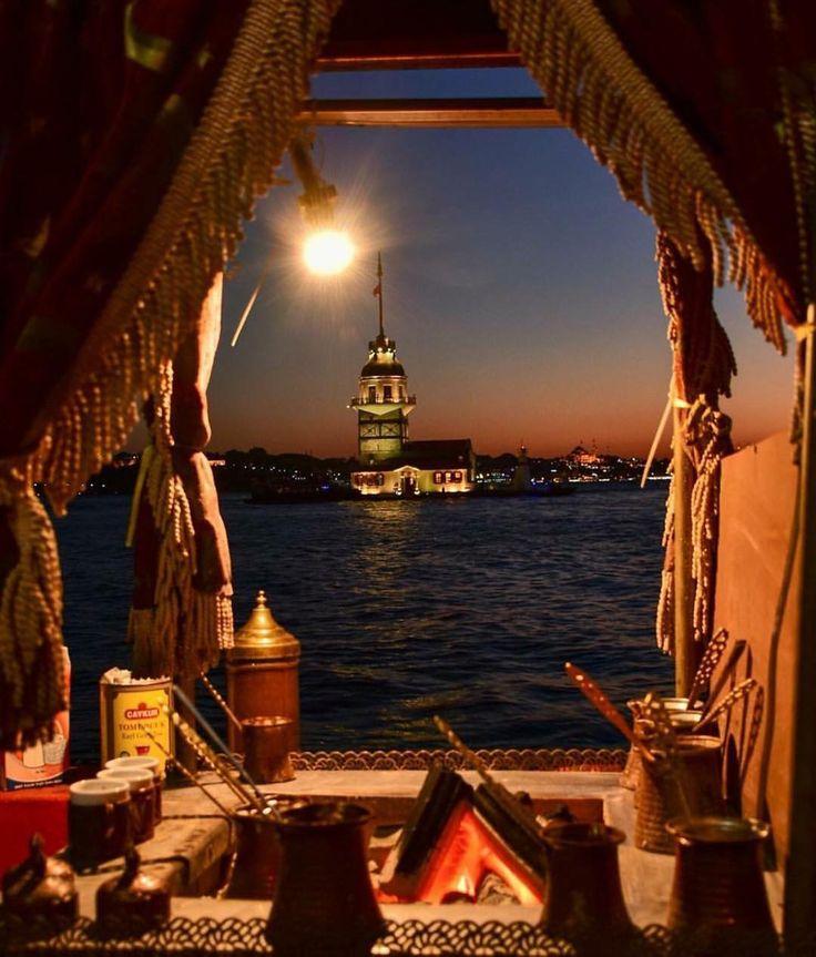 Herkes'e iyi akşamlar.. KİMLER BURADA? Kız Kulesi, İstanbul #turkey #world #istanbul #türkkahvesi #kizkulesi #travelingram #travel #sea…