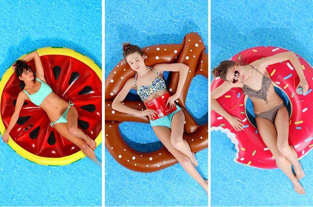 Já viram aquelas boias divertidas de piscina que deixam qualquer feed do Instagram com a cara do Verão? Pois é, eu sou apaixonada por essas boias todas coloridas e com formatos diferentes como unicórnio, pratzel, pizza, donut, melancia, etc. Eu encontrei onde é possível comprar e vou mostrar pra voc
