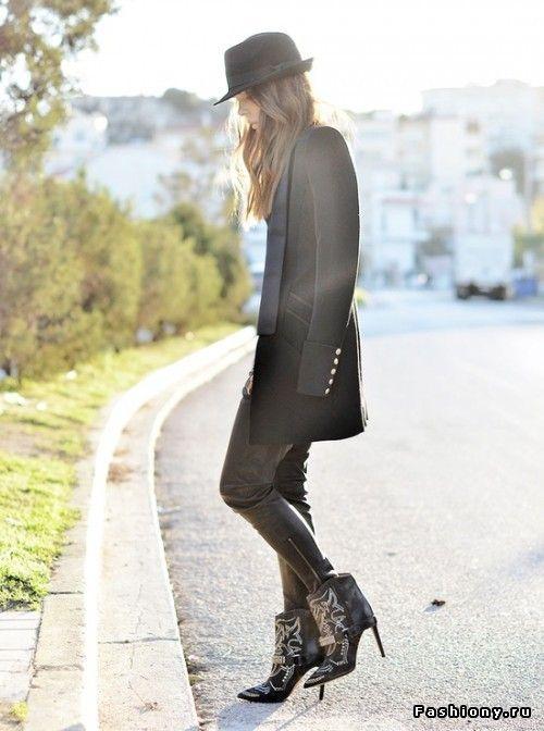 Street style c Isabel Marant. Продолжение / кроссовки на танкетке isabel marant купить