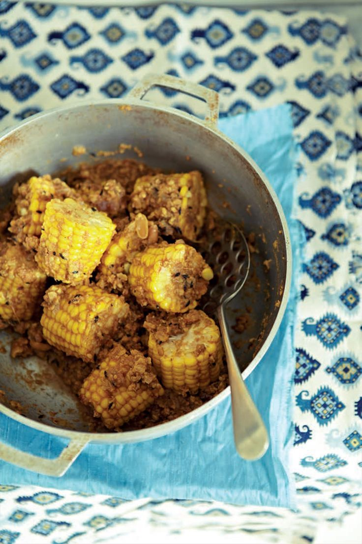 Sweetcorn cobs in tangy peanut masala