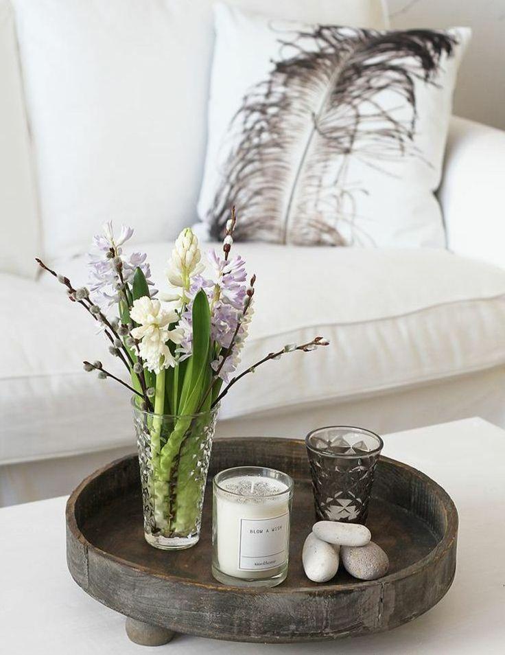 Holz Tablett mit Frühlingsblumen