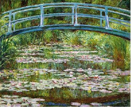 지베르니의 정원, 모네作, 1990  실제 모네의 집에 있던 일본식 다리 라고 한다. 또한 모네는 이 다리를 대상으로 여러 그림을 그렸다. 이정원의 연못을 모네의 아이들이 배를 타고 자주 놀았다는 점과 모네 역시 이 다리를 대상으로 그림을 많이 그렸다는 점은 모네의 가정적인 모습을 은근히 보여 주는 것 같다. 세상 모두가 인정해주는 아름다운 그림을 그리는 아버지와 아른다운정원에서 6자매가 평화롭게 노니는 모습은 여러 시행착오를 거쳤지만  결국에는 이상적인 가정을 만들어낸 모네의의 모습을 상상하게 한다. 모네의 집안을 그린 여러 사진을 더 올려 볼 생각이다.