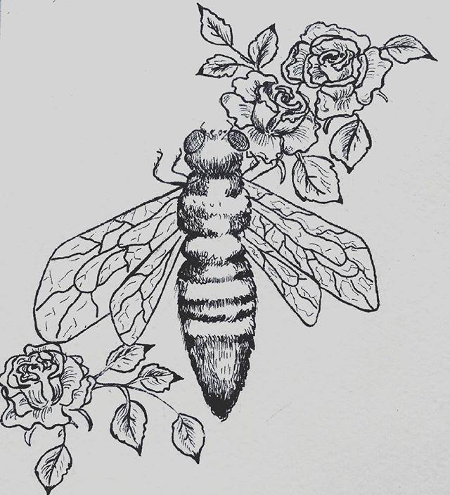 И снова #насекомые. А вообще я подсела на #лайнер  #рисунок #эскиз #пчела