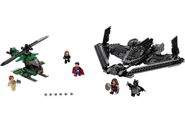 Лего 76046 - Бэтмен против Супермена: Поединок в небе Lego