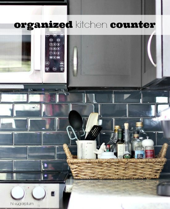 {Organized} Kitchen Counters