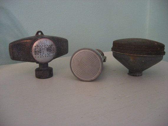 vintage garden hose sprinklers and water can spout: Vintage Sprinkler, Garden Hose, Watering Cans, Treasure Trouve, Marketing Walls, Vintage Garden, Hose Sprinklers, Spout Sprinkler
