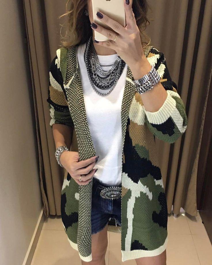 "10.8k Likes, 137 Comments - Estação Store (@estacaostore) on Instagram: ""Uau! Que look é esse gatas? Tricot Sara | Shorts Jeans  Compras on line:…"""