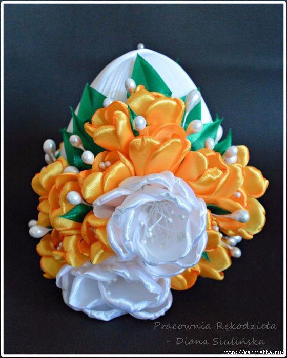Шелковые пасхальные яйца с цветочками канзаши (20) (560x700, 301Kb)