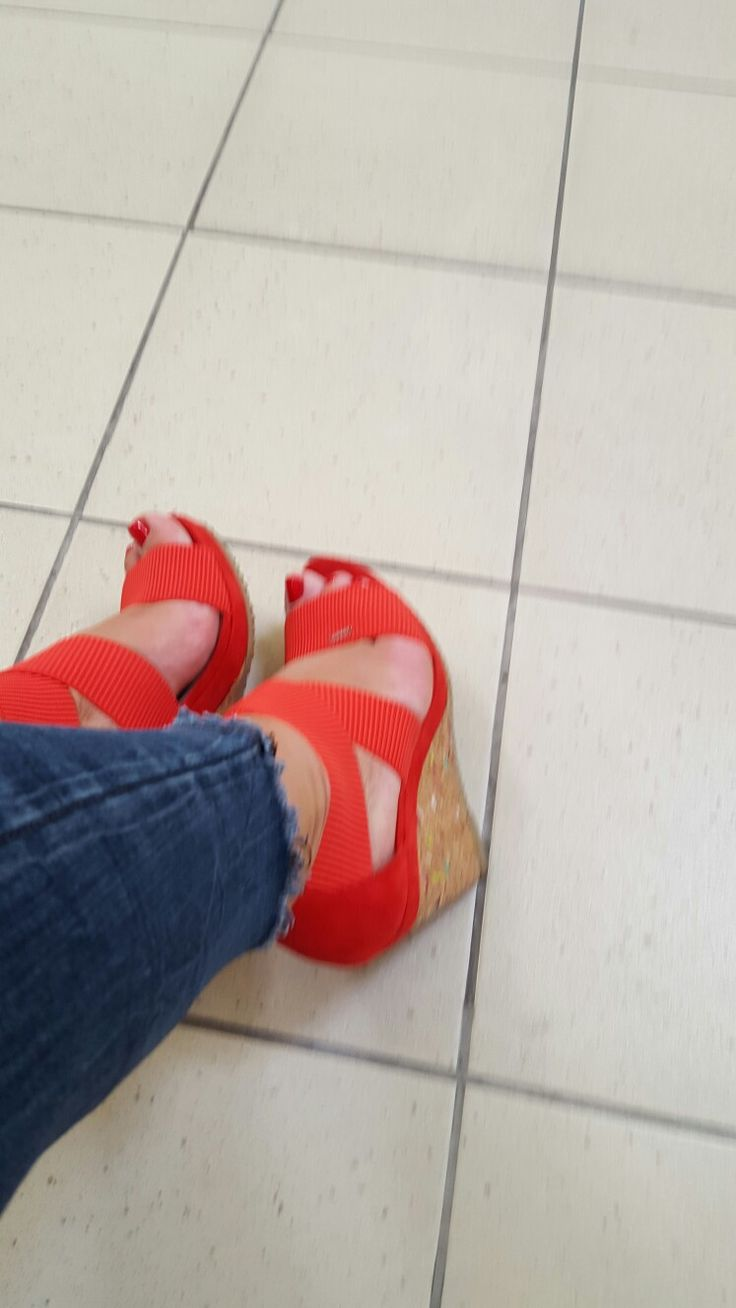 Red# shoes
