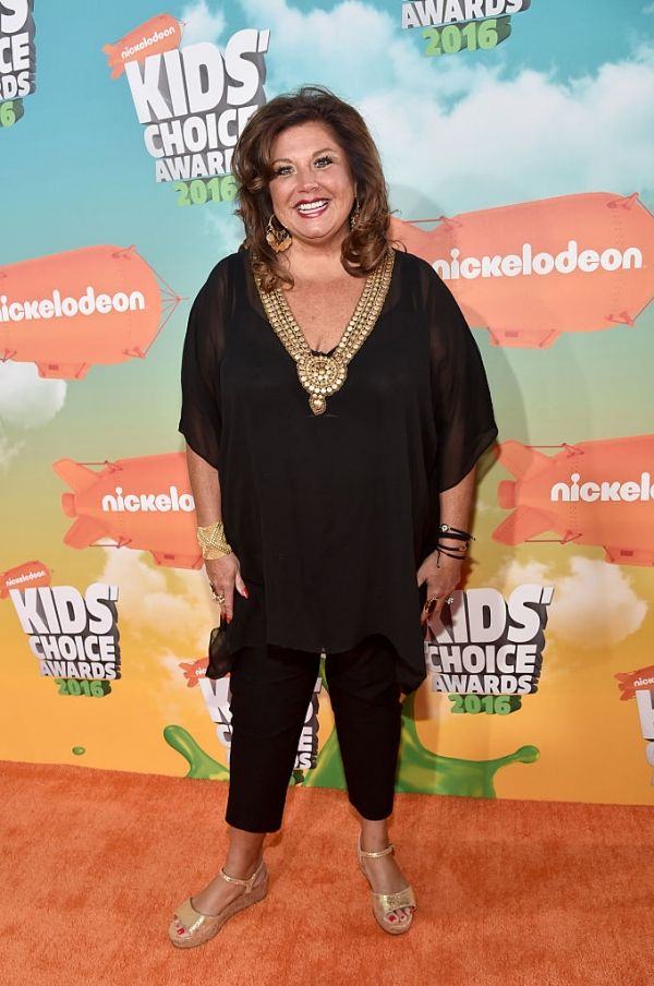 'Dance Moms' Season 6 Spoilers: Cast Breaking Down Over Abby Lee Miller's Episode 12 Drama? #news #fashion
