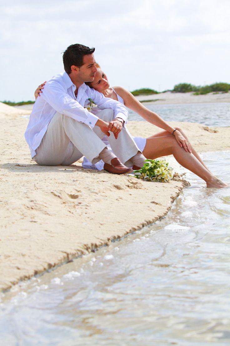 Beach Wedding Outfit - Ejecutiva | JK Guayaberas