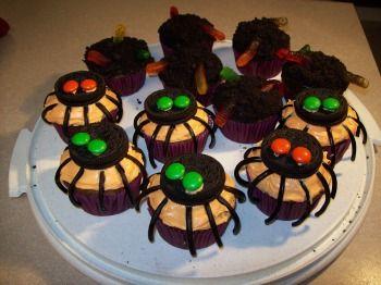 easy halloween cake ideas colorful halloween cupcake ideas spooky halloween cupcakes how to make