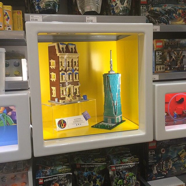 If youre in the city check out the Flatiron LEGO store. My modular brownstone along with one world trade center by @brickplate are on display. #lego #nyclug #theworldinbricks #brownstone #newyork #architecture #newyorkcity #moc #afol #instalego #flatiron