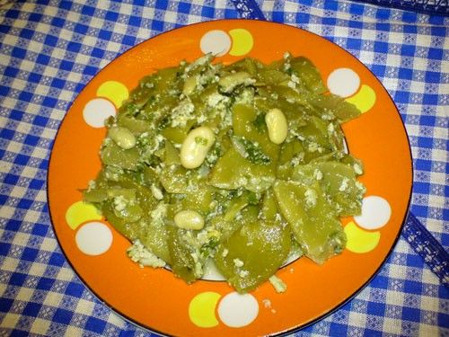 Зеленое лобио с яйцом