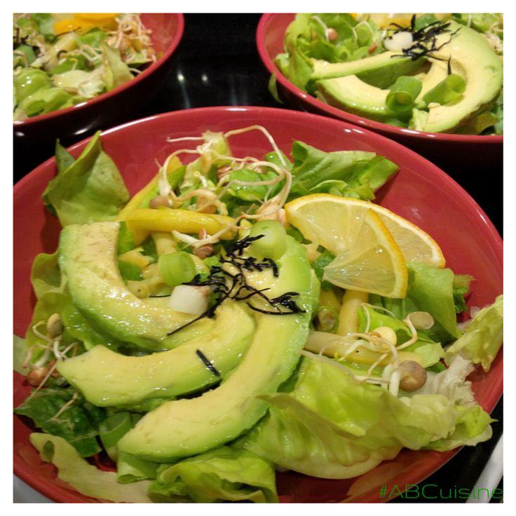 Organic Sea Vegetables Green Salad Butter lettuce Avocado Wax beans Arame seaweeds Lemon  Beans sprouts #ABCuisine dressing // Salade verte bio aux algues  Laitue Avocat Haricots blancs Filaments d'algues aramé Pousses de fèves Vinaigrette Angélique