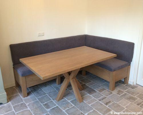 Hoekbank en tafel Bilthoven door Studio Jasper Interieurontwerp & Meubelmakerij
