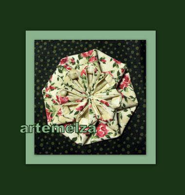 artemelza - - Flor com octógono regular   Folding - Flower with regular octagon Um octógono regular tem todos os lados do mesmo tamanho e todos os ângulos com a mesma medida. Em geometria, octógono é um polígono com oito ângulos internos e oito ângulos externos. Para a flor de hoje precisamos de um polígono octogonal.