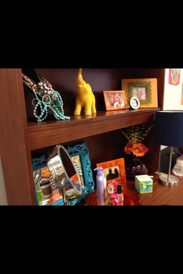 32 best dorm room inspiration images on pinterest. Black Bedroom Furniture Sets. Home Design Ideas