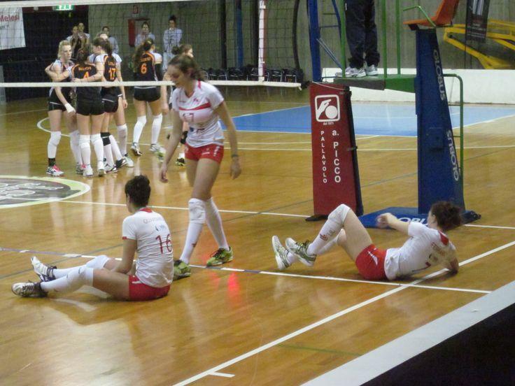 """Volley serie B2F: Picco quarto ko, ora si lotta per la salvezza; Rebecca: """"bene nei primi due set, ci manca continuità ma le giovani continuano a crescere"""" - Basket e Volley in rete"""