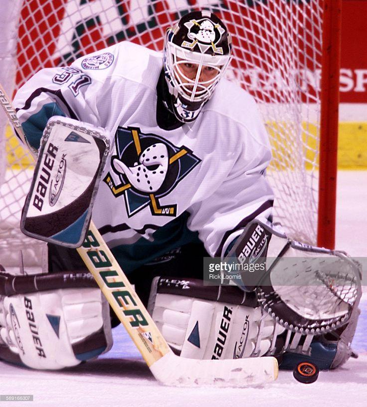 Guy Herbert Hockey goalie, Goalie